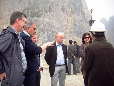 you see people in a quarry, they are talking about the project,